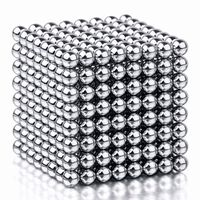 Magnetiska bollar att bygga och lära med - Silverfärgade
