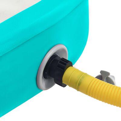 vidaXL Uppblåsbar gymnastikmatta med pump 600x100x20 cm PVC grön