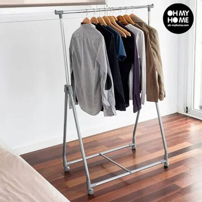 Storage solutions Klädställning 4 hjul metall